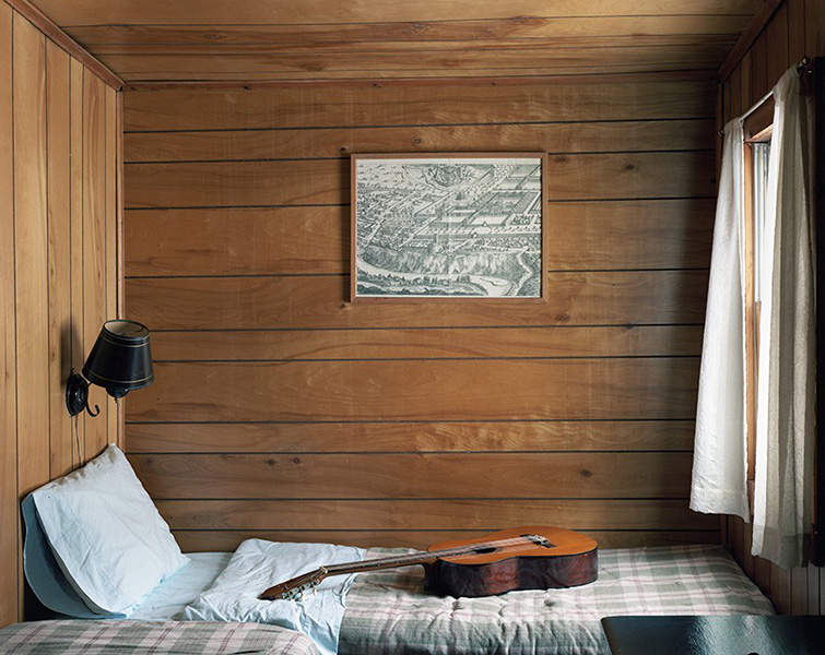 http://www.jerrylim.com/files/gimgs/th-10_Catskills_004_ROOM.jpg